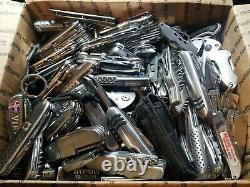 27 POUNDS TSA Confiscated Pocket Knives Various Brand TREASURE HUNT GRAB BAG BOX