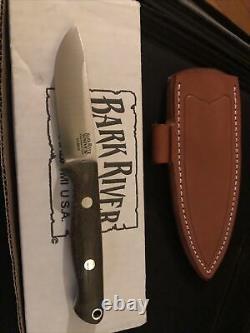 Bark river knife pre owned Bravo Edc Elmax Green Canvas Micarta Unused, Preowned