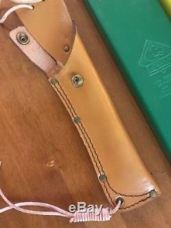 Beautiful Puma White Hunter Stag Hunting Knife Vintage With Original Box & Sheath