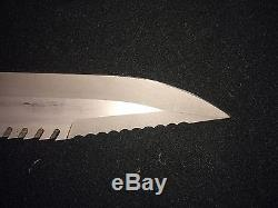 Buck Buckmaster 184 Bowie Survival Knife with Sheath PAT. PEND