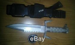 RARE Buckmaster 184 Hunting Survival 7.5 Fixed Blade Knife, Sheath & Compass