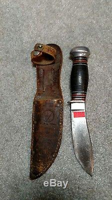 Vintage Remington hunting knife RH-32 sheath included